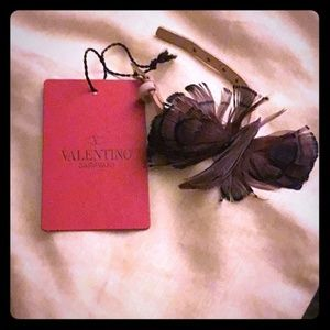 VALENTINO BUTTERFLY FEATHER LEATHER BRACELET